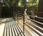 New horizontal steel railing